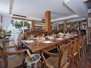 Pattaya Holiday Villa 9587