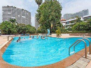 pattay Holiday Villa 9584