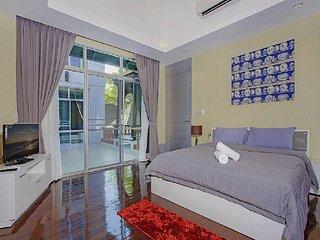pattaya Holiday Villa 9567