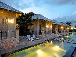pattaya Holiday Villa 9538