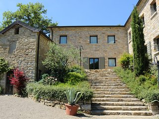 Carpineti Holiday Villa 10783