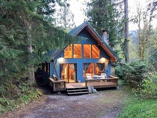 Glacier Holiday Cabin or bungalow 9677