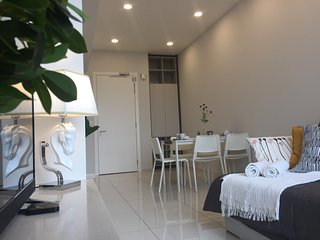 Bukit Bintang 1 Bedroom Luxurious Home For 4 pax