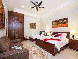 Nai Harn Holiday Villa 9589