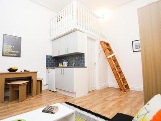 London Holiday Apartment 10930