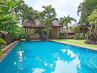 pattaya Holiday Villa 9544