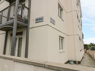 FLAT 4, open-plan living, in Newquay