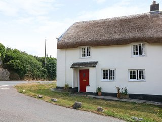 CLEAVE COTTAGE, Grade II listed thatched cottage, near Bigbury-on-Sea