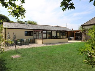 COURT HOUSE DAIRY, family-friendly with shared games room, near Bridport