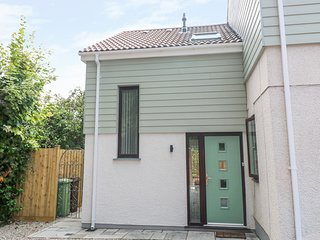 LITTLE PIPPIN, stylish annexe, St Austell