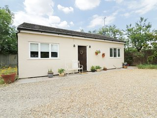 WINTERBECK, open-plan, all ground floor, near Bishops Stortford
