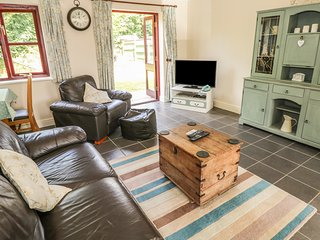 DUNGLEDDY COURT, open-plan, near Haverfordwest