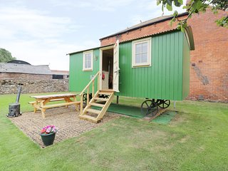 HANNAH'S HIDE, close to the coast, shared gym, in Bowness on Solway