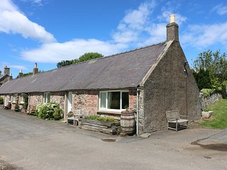 STEWARDS COTTAGE, countryside views, near Coldingham