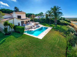 4 bedroom Villa in Quinta do Lago, Faro, Portugal : ref 5607883