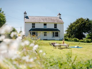 Llynfi Farmhouse
