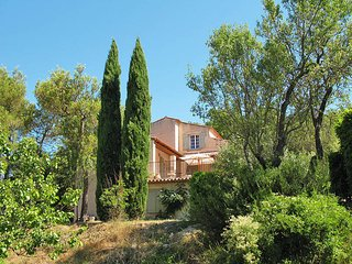4 bedroom Villa in Rocbaron, Provence-Alpes-Cote d'Azur, France : ref 5437109