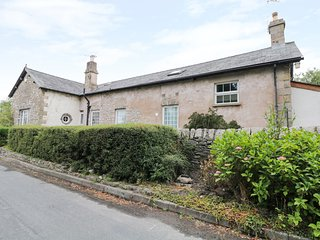 THE OLD SCHOOL, located between the Lake District and Yorkshire Dales, parking