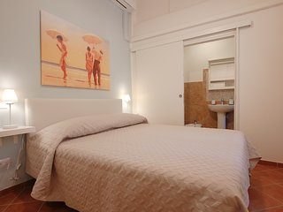 Charming Suite for 2 people with A/C and Wi-Fi in the heart of Florence