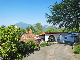 2 bedroom Villa in Arolo, Lombardy, Italy : ref 5440899