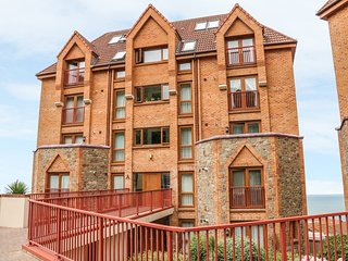 37 OCEAN PARK, romantic, with sea views in Westward Ho!, Ref 912774