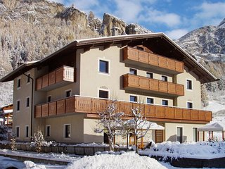2 bedroom Apartment in Loa, Lombardy, Italy - 5657068