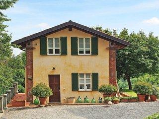 1 bedroom Apartment in Pino Torinese, Piedmont, Italy : ref 5657049