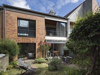 Le Patio, Maison 8-10 couchages avec garage