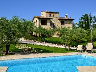 5 bedroom Villa in Collazzone, Umbria, Italy : ref 5226880