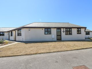 SEA SHORE semi-detached bungalow in purpose built development in Marazion, open