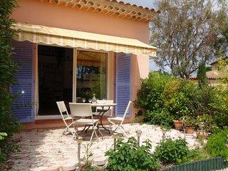 1 bedroom Apartment in Les Lecques, Provence-Alpes-Côte d'Azur, France : ref 505