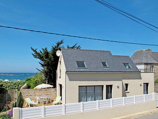 3 bedroom Villa in Plouescat, Brittany, France : ref 5438285