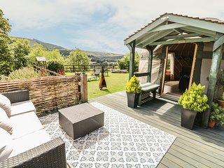 THE YURT, studio accommodation, incredible views, woodburning stove, Ref 969267