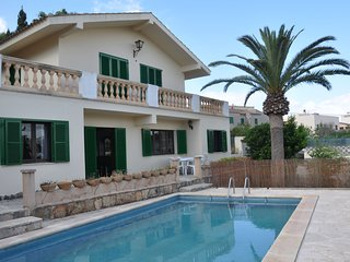 Can Sard, in Portocolom for 10 people 0.5km away from the beach with pool & wifi