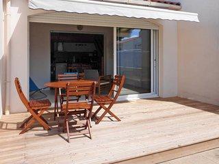 2 bedroom Villa in Bretignolles-sur-Mer, Pays de la Loire, France : ref 5448079