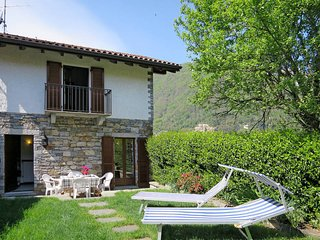 1 bedroom Villa in Cannobio, Piedmont, Italy : ref 5440788