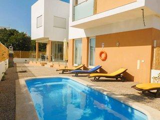 4 bedroom Villa in Cabeço do Mocho, Faro, Portugal : ref 5647869