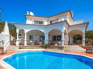 Quinta do Lago Villa Sleeps 8 with Pool Air Con and WiFi - 5433551