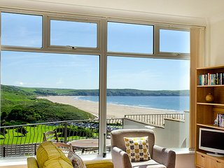 Fabulous 2-Bed Apartment with Stunning Views over Woolacombe Bay