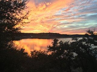 Enjoy Beautiful Sunsets & Waterfront View & Sunset views & Amenities