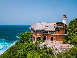 Casa Faro (Lighthouse) in Puerto Angel/Zipolite