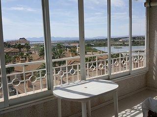 Apartamento con maravillosas vistas y aire acondicionado