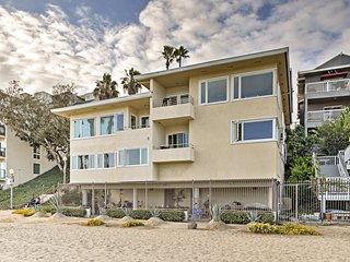 NEW! Lovely Long Beach Condo on Junipero Coast!