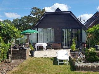 Mooie bungalow vlakbij zee en Amsterdam
