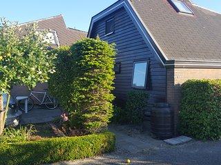 Mooie bungalow 6 pers. vlakbij zee en Amsterdam
