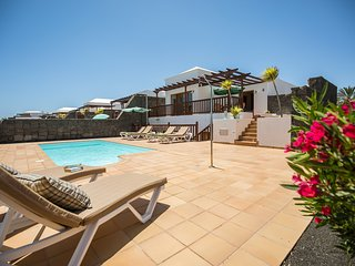 Vista Fuerteventura . Luxury villa with private heated pool