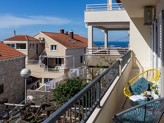 Apartment in Dubrovnik with Internet, Air conditioning, Parking, Balcony (993045