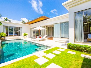 Brand New ! 'Villa Sole Mio'  3+1 Bed Luxury Private Pool Villa - Phuket