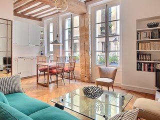 Charming 2BD/2BTH in the heart of Saint Germain des Pres