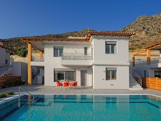 3 bedroom Villa in Koutouloufari, Crete, Greece : ref 5657134